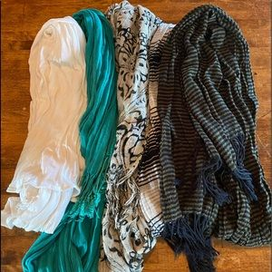 Scarf lot of 5